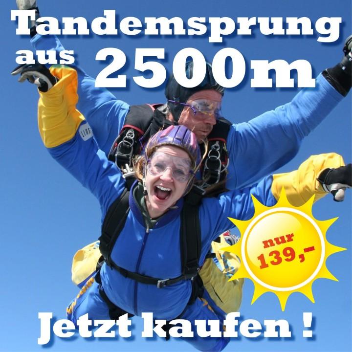 Tandemspringen aus 2500 Meter